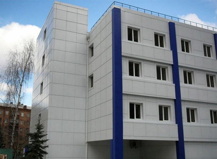 вентилируемый фасад больницы в Киеве