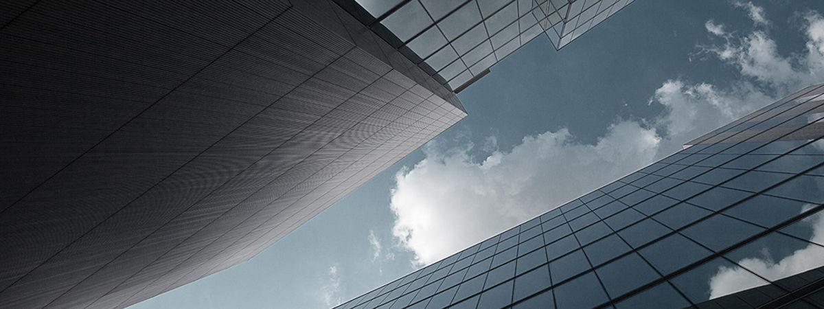вентилируемый фасад из стекла