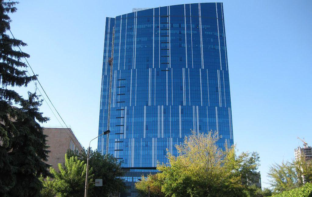 фасад здания 101 tower