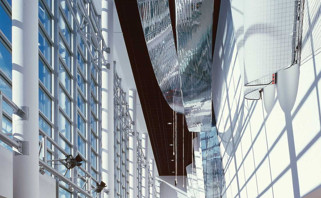 facade-crowne-plaza-3